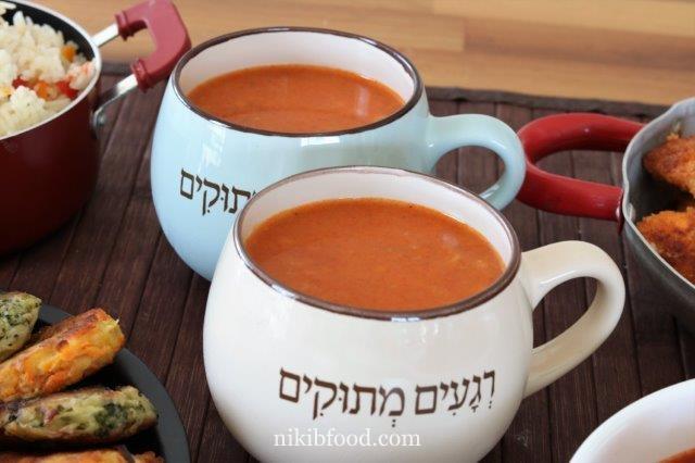 Tomato and pearl barley soup