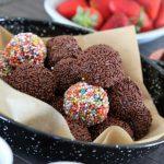 Colored chocolate balls