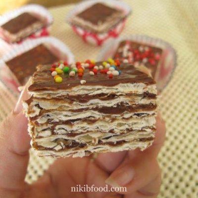 Chocolate matzo cake