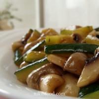 Stir Fried Zucchini and Mushrooms