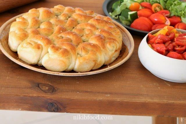 Soft za'atar rolls