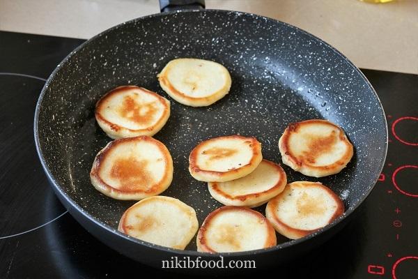 Cheesy Pancakes