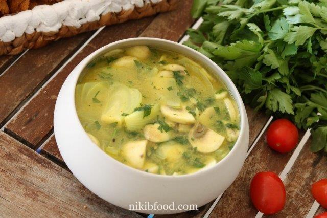 Mushroom sauce for bourekas