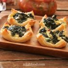 Mini spinach and Cheese puff pastry