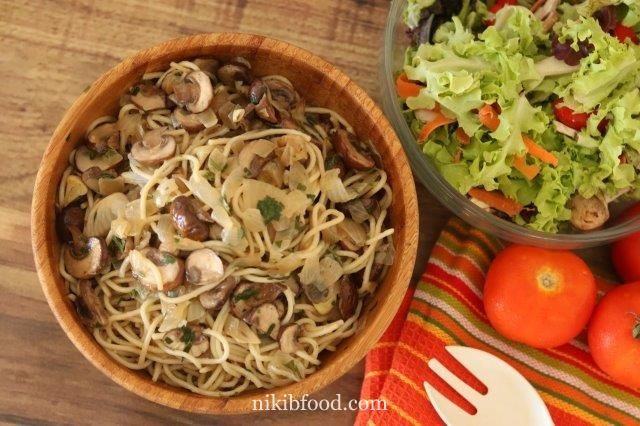 Pasta With Mushroom and Onions