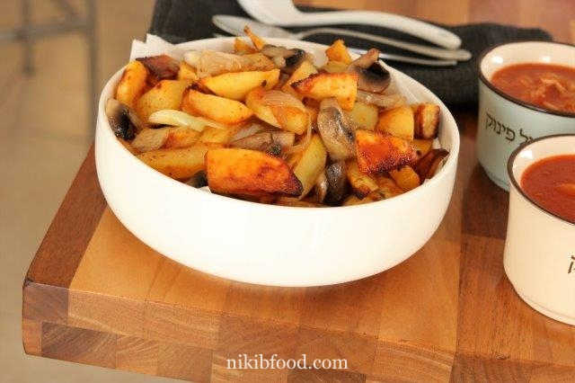 Baked potatoes and mushrooms