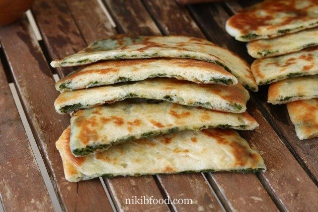 Savory Cheese and Spinach Pastry
