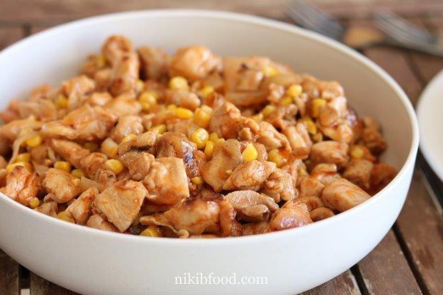 Boneless chicken thighs with corn