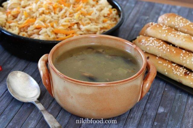 Creamy onion and mushroom soup