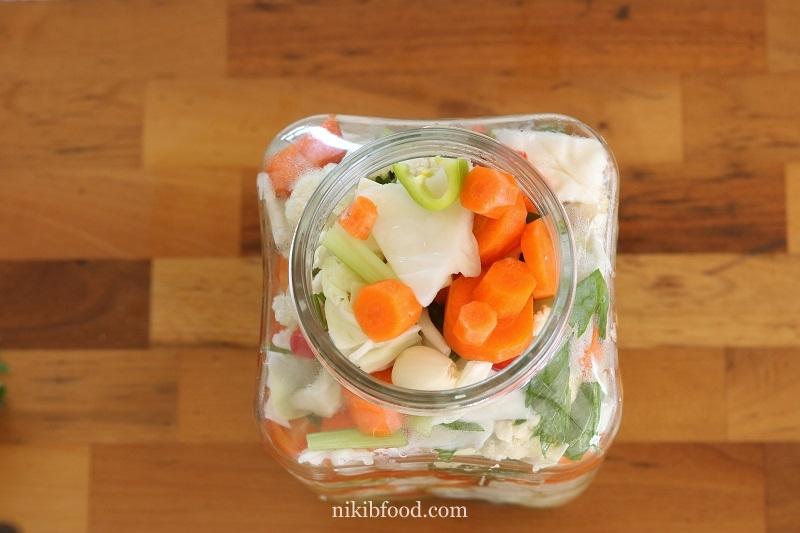 Homemade Pickled Vegetables