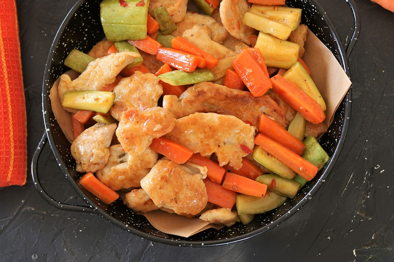 Chicken Breast with Zucchini and Carrots