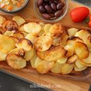 How to Make Baked Potatoes with Minimum Oil
