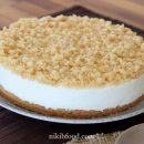 White chocolate crumb cheesecake